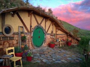 Underground Hygge - Airbnb Rentals